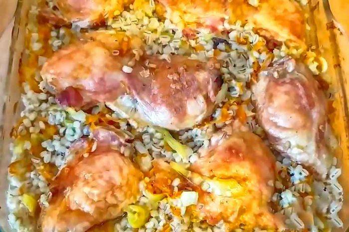 Курица с перловкой с овощами в духовке