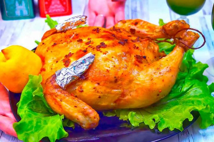 Фаршированная курица грибами и картошкой в духовке
