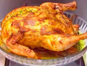 Фаршированная курица целиком с рисовой начинкой