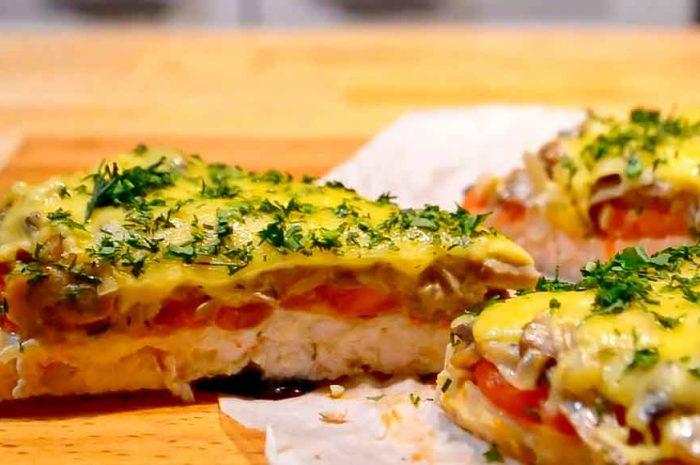 Курица с грибами в духовке, рецепт запеканки с овощами