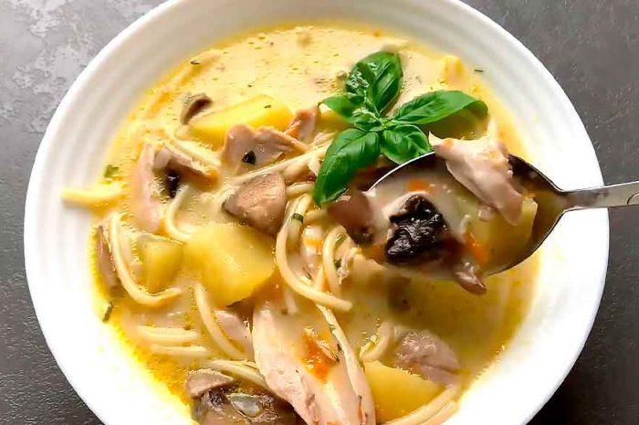 Грибной суп с курицей, рецепт с шампиньонами