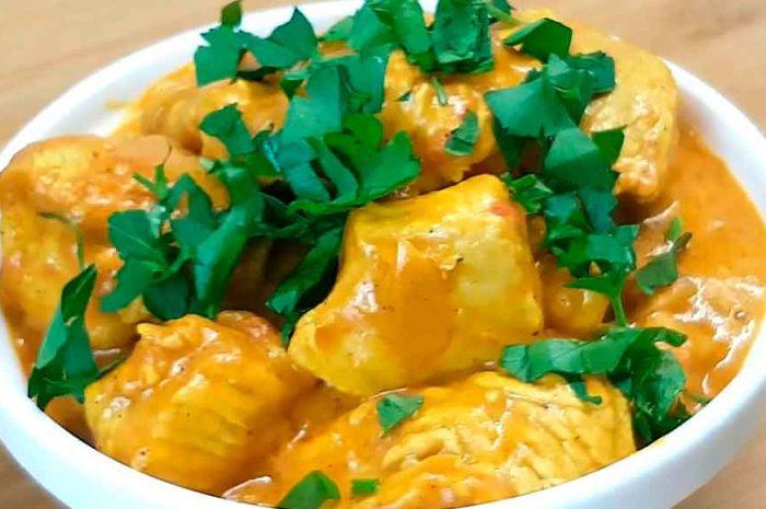 Курица карри на сковороде по-индийски