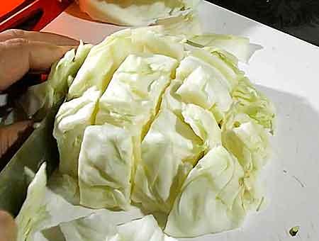 нарезаем капустные листы