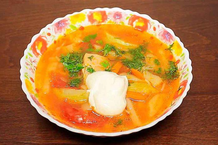 Куриный суп в мультиварке с овощами