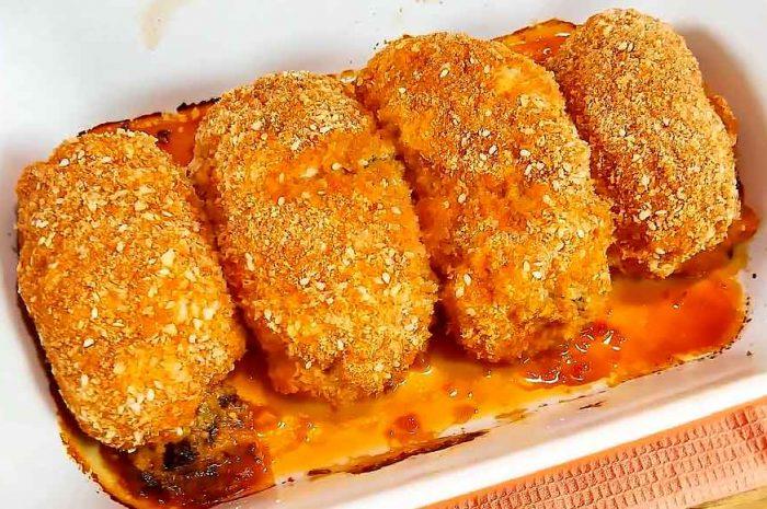 Курица с черносливом в духовке, рулетики с сыром