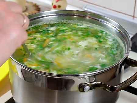 перемкшиваем куриный суп