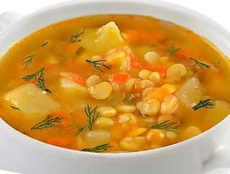суп с курицей и фасолью готов