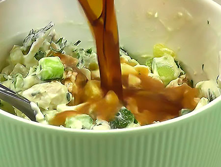 заправляем суп кефиром или квасом