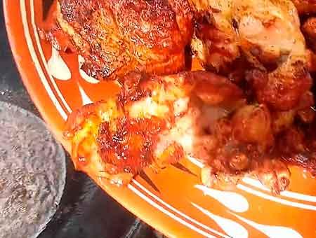вынимаем курицу из казана