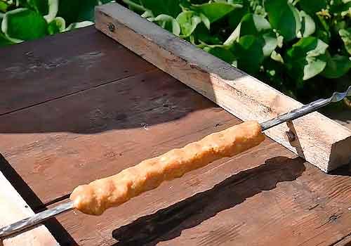 подставка для шампуров с люля-кебабом