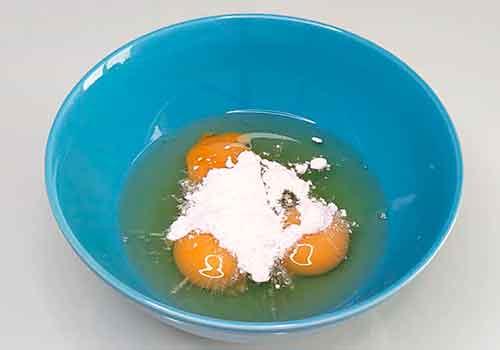 яйца с крахмалом