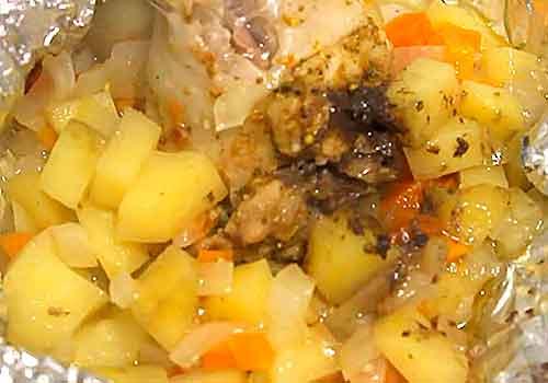 запеченная курочка с картофелем